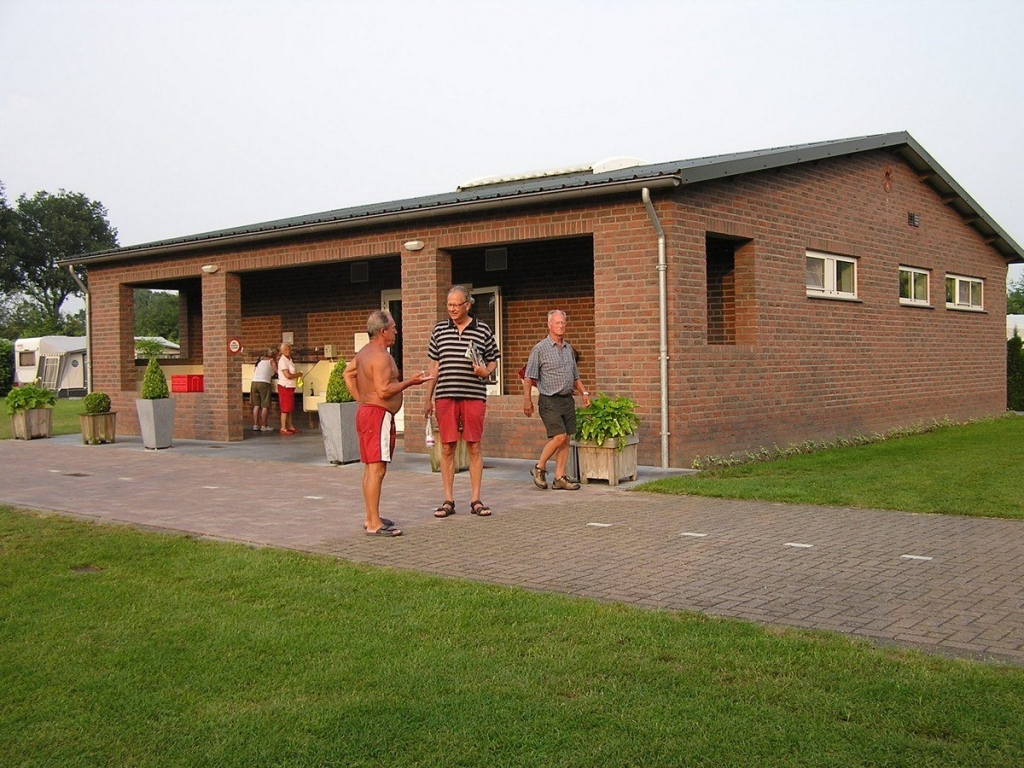 userfiles/Vossenveld-toiletgebouw.jpg